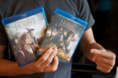 Getting our hands on the last Hobbit Movie: Battle of the Five Armies.